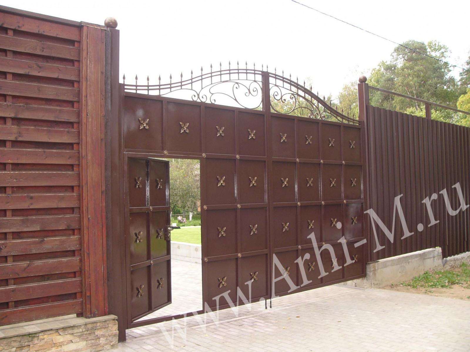 готовые кованые ворота с калиткой
